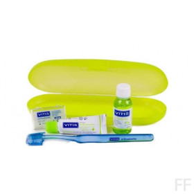 Kit Vitis Orthodontic Cepillo + cera + REGALOS
